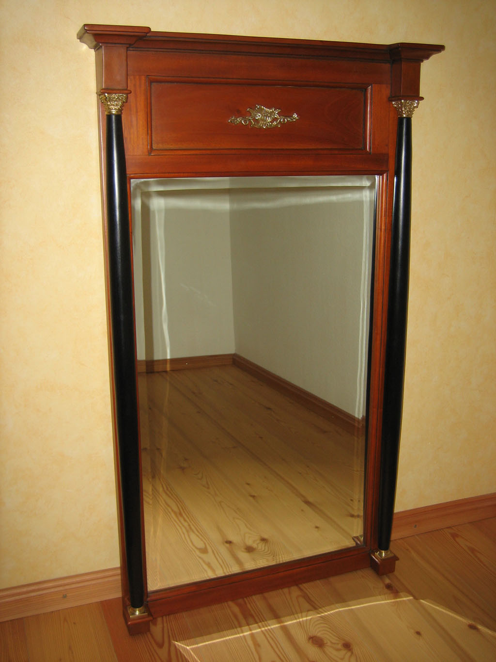 biedermeier spiegel kirsche massiv stil antik. Black Bedroom Furniture Sets. Home Design Ideas