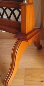 Biedermeier Spiegel antik Detail Beine Antikisierung