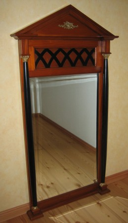 Biedermeier Spiegel antik Gesamtpersepektive