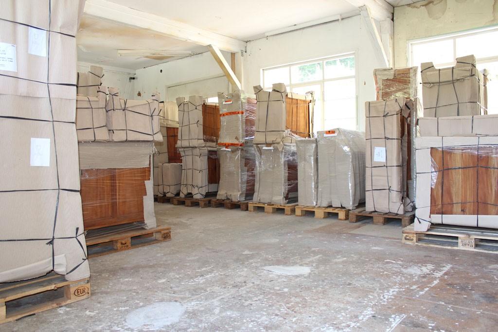 lager biedermeier biedermeierm bel gr nderzeit antik m bel schreibtisch vitrine. Black Bedroom Furniture Sets. Home Design Ideas