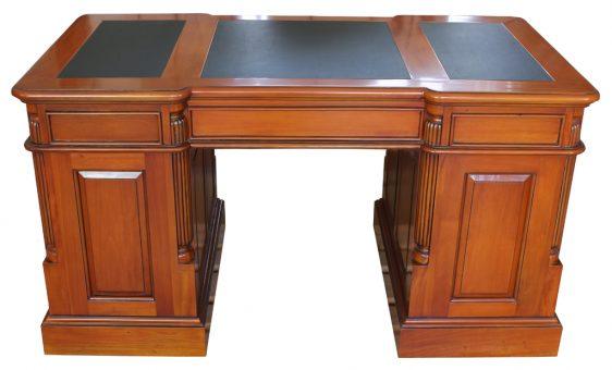 Schreibtisch Biedermeier antik Kirschbaum