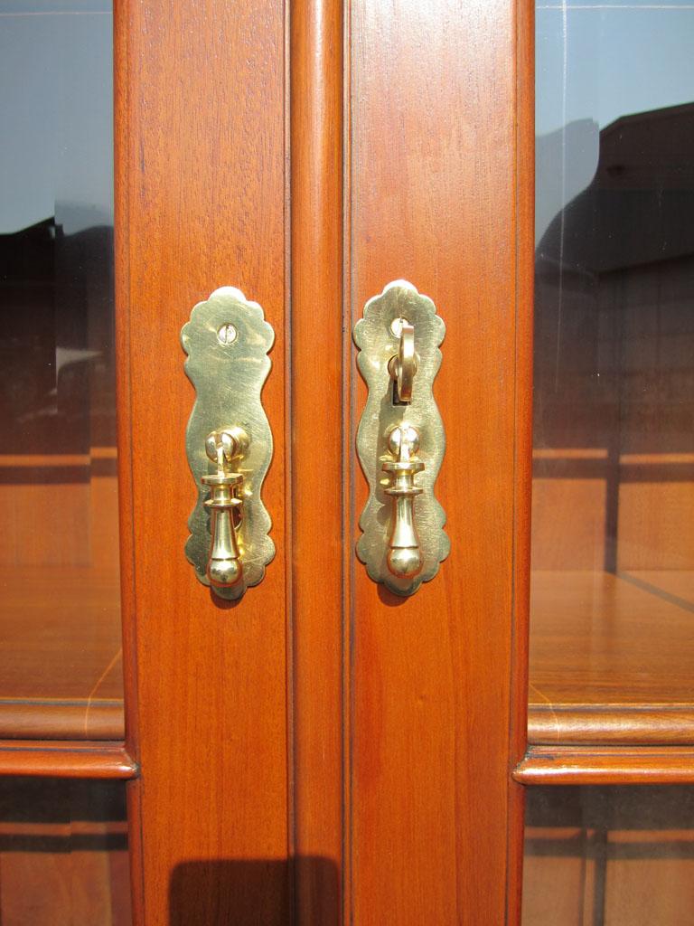 biedermeier buffet vitrine b cherschrank antik kirsche. Black Bedroom Furniture Sets. Home Design Ideas