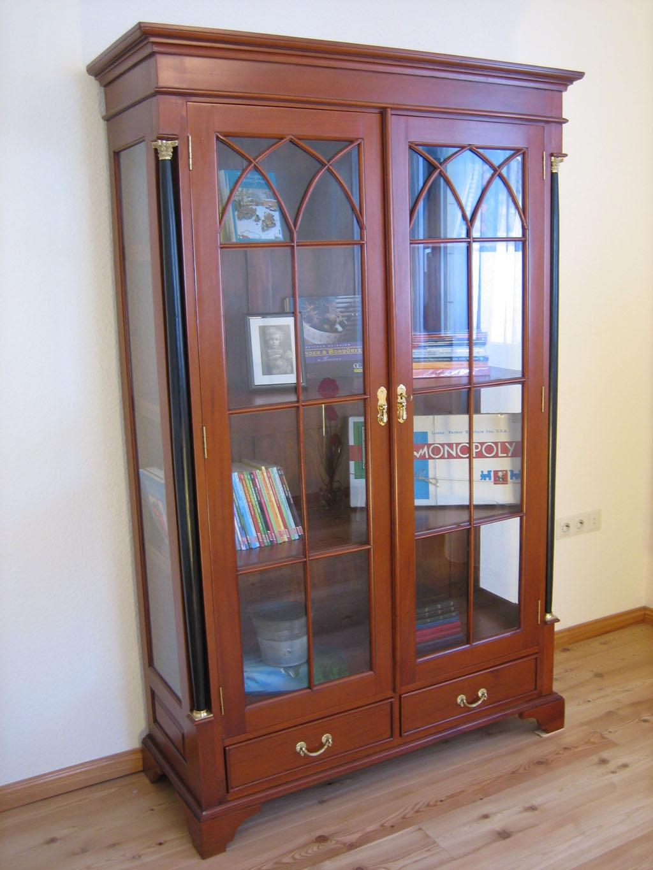 Antik vitrine biedermeier kirsche m bel massiv for Kirschbaum vitrine
