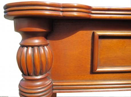 Biedermeier Schreibtisch antik Kirschbaum Kontur Bein