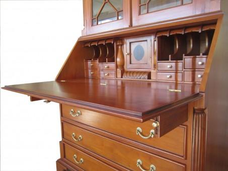 Kirschbaum Sekretär Biedermeier antik geöffnete Schreibklappe