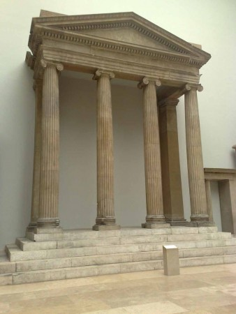 Schinkeldach als Baustil antik
