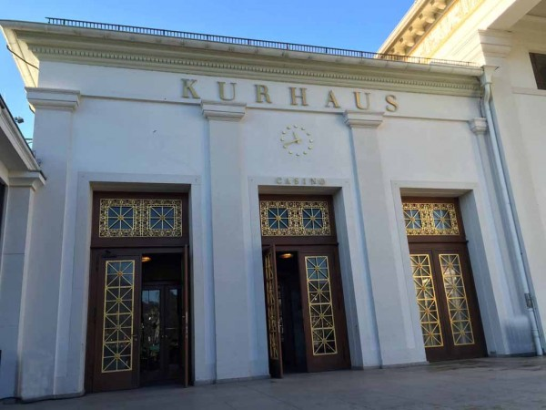 Eingang Kurhaus Baden-Baden antik